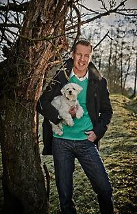 Prominent mit Hund und einer Katze - Produktdetailbild 7