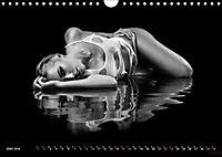 Reflections 2019 - ästhetische Fotografien im Wasser (Wandkalender 2019 DIN A4 quer) - Produktdetailbild 6