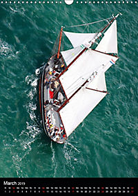 Sailboats seen from the air (Wall Calendar 2019 DIN A3 Portrait) - Produktdetailbild 3
