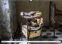 Sammy der Bär besucht Lost Places (Wandkalender 2019 DIN A2 quer) - Produktdetailbild 1