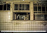 Sammy der Bär besucht Lost Places (Wandkalender 2019 DIN A2 quer) - Produktdetailbild 9