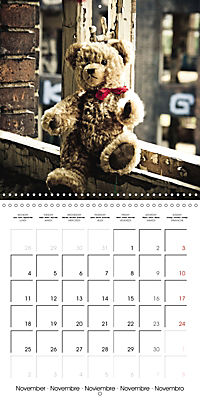 Sammy visits abandoned places (Wall Calendar 2019 300 × 300 mm Square) - Produktdetailbild 11