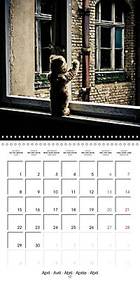 Sammy visits abandoned places (Wall Calendar 2019 300 × 300 mm Square) - Produktdetailbild 4