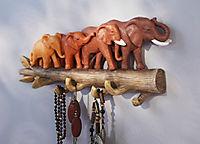 """Schmuckhalter """"Elefantenparade"""" - Produktdetailbild 1"""
