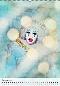 Showgirls - das Leben als Kabarett (Wandkalender 2019 DIN A2 hoch) - Produktdetailbild 2