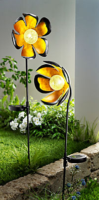 "Solar-Gartenstecker ""Shiny Flower"", 2er-Set - Produktdetailbild 1"