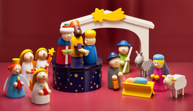 Haba Weihnachtskrippe.Spielkrippen Set 13tlg Krippe Mit Buch Und Cd Weltbild De