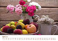 Stillleben. Impressionen besonderer Arrangements (Wandkalender 2019 DIN A4 quer) - Produktdetailbild 4