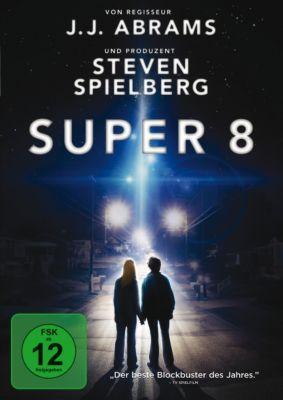 Super 8, Kyle Chandler,Joel Courtney Gabriel Basso