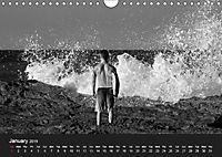 Surf in B&W (Wall Calendar 2019 DIN A4 Landscape) - Produktdetailbild 1