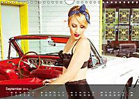 Swiss Pin-ups & RockabellasCH-Version (Wandkalender 2019 DIN A4 quer) - Produktdetailbild 9