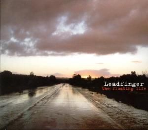 The Floating Life, Leadfinger
