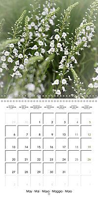 The White Garden (Wall Calendar 2019 300 × 300 mm Square) - Produktdetailbild 5