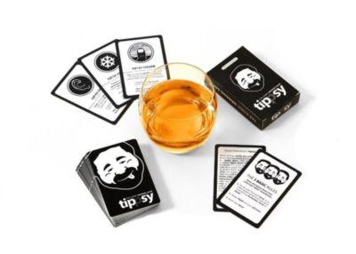tippsy - THE ICONIC DRINKING GAME - Trinkspiel auf englisch - *waterproof* *party game*, Ricardo Barreto, Denis Görz