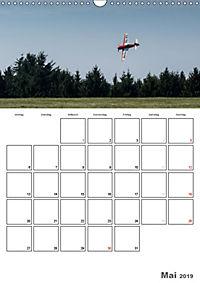 Tollkühne Helden der Lüfte - Modellflugzeuge in Aktion (Wandkalender 2019 DIN A3 hoch) - Produktdetailbild 5