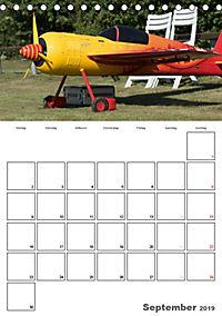 Tollkühne Helden der Lüfte - Modellflugzeuge in Aktion (Tischkalender 2019 DIN A5 hoch) - Produktdetailbild 9