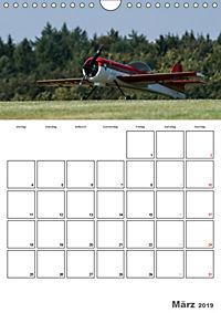 Tollkühne Helden der Lüfte - Modellflugzeuge in Aktion (Wandkalender 2019 DIN A4 hoch) - Produktdetailbild 3