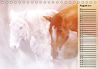 Traumpferde. Lichtvolle Märchenbilder (Tischkalender 2019 DIN A5 quer) - Produktdetailbild 8