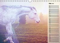 Traumpferde. Lichtvolle Märchenbilder (Wandkalender 2019 DIN A4 quer) - Produktdetailbild 5