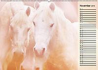 Traumpferde. Lichtvolle Märchenbilder (Wandkalender 2019 DIN A2 quer) - Produktdetailbild 11