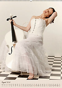 Weisses Cello auf Reisen (Wandkalender 2019 DIN A2 hoch) - Produktdetailbild 8