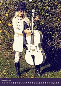 Weißes Cello auf Reisen (Wandkalender 2019 DIN A2 hoch) - Produktdetailbild 10