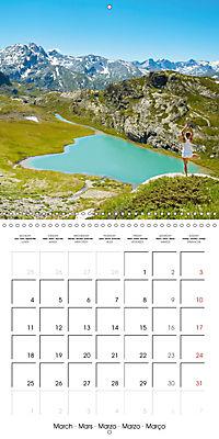 Yoga in the Italian Alps (Wall Calendar 2019 300 × 300 mm Square) - Produktdetailbild 3