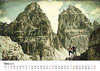 Zeitlos - Menschen am Berg (Wandkalender 2019 DIN A2 quer) - Produktdetailbild 3