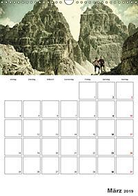 Zeitlos - Menschen am Berg (Wandkalender 2019 DIN A3 hoch) - Produktdetailbild 3